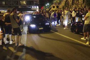 Caos Instala-se No Mónaco Envolvendo Carros De Luxo, Polícia e Muitos Curiosos 10