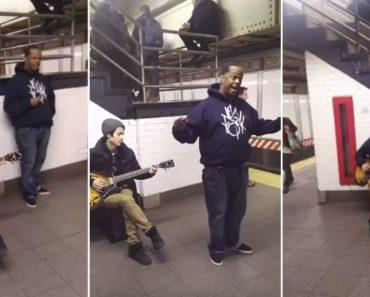 Passageiros Do Metro Têm o Privilégio De Ouvir Este Talentoso Músico De Rua Quase Todos Os Dias 7