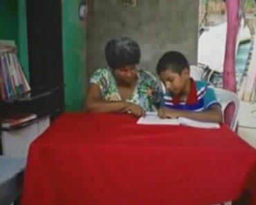 Menino De 11 Anos Ensina a Mãe a Ler e a Escrever 6
