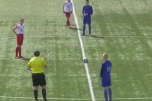 """Jogador Sub-14 Escocês Marca Golo """"Supersónico""""... Do Meio-Campo 10"""