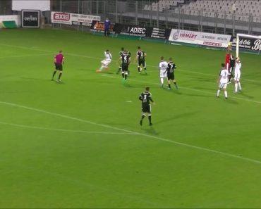 Num Só Penalti o Guarda-Redes Conseguiu Evitar Que a Bola Entrasse 3 Vezes Seguidas 5