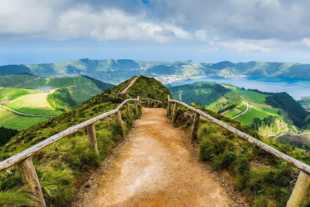 Açores Considerado o Destino Com As Paisagens Mais Bonitas Da Europa 1