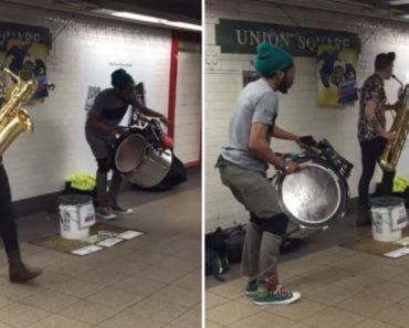 Artistas De Rua Fazem Atuação Surpreendente No Metro De Nova Iorque 7
