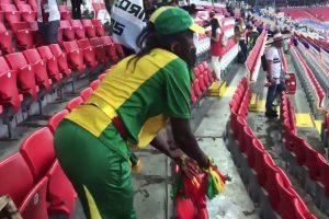 Depois Do Japão, Os Adeptos Do Senegal Também Limparam As Bancadas 9