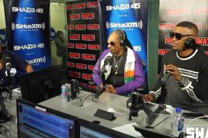 Snoop Dogg e Jamie Foxx São Desafiados a Improvisar Ao Vivo e Arrasam 10