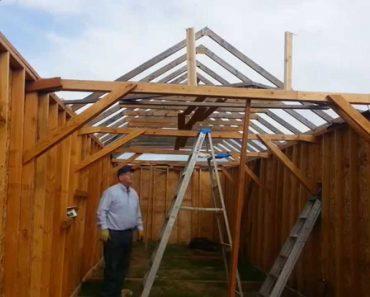 Vídeo Explicativo De Como Montar Telhado Termina Com Hilariante Queda 7