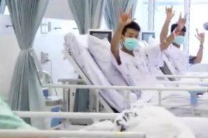 Eis As Primeiras Imagens Dos Meninos Tailandeses Resgatados No Hospital 11