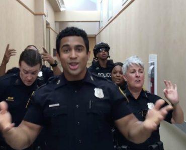 O Desafio Entre Polícias Que Se Está a Tornar Viral 4