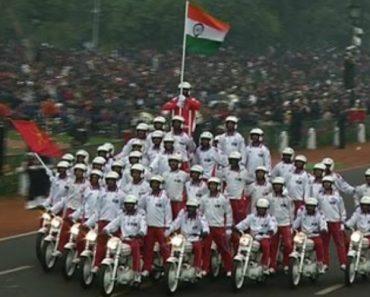 Desfile Acrobático Indiano Irá Deixá-lo Tão Impressionado Quanto Ficou o Público Que Assistiu 2