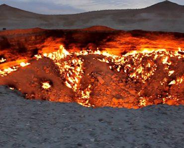 """Chama-se """"Porta Do Inferno"""" e Desde 1971 Que Esta Cratera Continua a Arder Até Aos Dias De Hoje 8"""