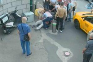 Populares Salvam Homem Que Sofre Ataque Cardíaco No Meio Da Rua 10