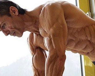 Atleta De 47 Anos Tem o Corpo Mais Definido Do Mundo Com Apenas 4% De Gordura Corporal 1