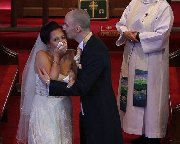 Noivo Interrompe Casamento e Deixa Noiva Em Lágrimas! 5