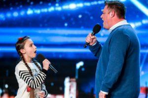 Pai e Filha Fazem Fenomenal Atuação Em Concurso De Talentos 10