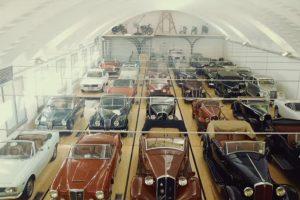 Se Gosta De Carros Clássicos, Não Pode Deixar De Ver Esta Fantástica Garagem 9