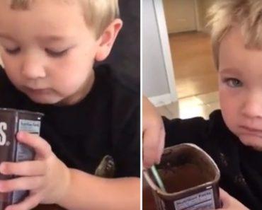 Teimoso Filho Ignora Conselho Da Mãe e Insiste Em Provar Cacau Puro Em Pó Ao Achar Que Era Doce 4