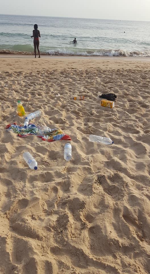 """Jovem Passou Horas a Limpar Praia De Carcavelos e Relembrou: """"A Praia Não é Um Aterro"""" 3"""