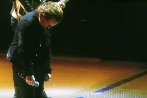 O Momento Em Que Bono Dos U2 Perdeu a Voz Durante Concerto 10