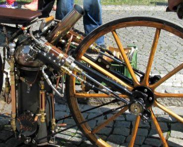 A Primeira Motocicleta a Vapor No Mundo Foi Construída Em 1869 e Ainda Funciona! 2