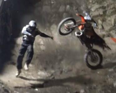 Foram Poucos Os Motociclistas Que Conseguiram Fazer Uma Das Subidas Mais Desafiantes Do Planeta 7