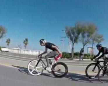 Ciclista Usa Extintor Para o Ajudar a Fazer As Subidas Mais Rapidamente 5