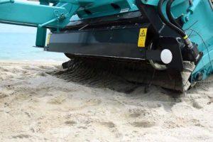 Potente Máquina Consegue Separar Os Resíduos Da Areia Deixando Qualquer Praia Livre De Lixo 10