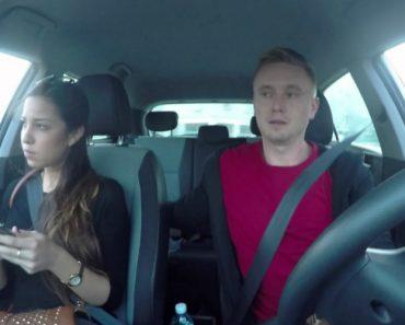 Jovem Descobriu Método Rápido e Eficaz De Como Convencer a Namorada a Largar o Telefone 6