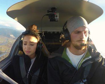 Fingiu Avaria No Motor Do Avião Para Surpreender a Namorada 3