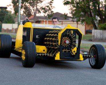 Impressionante, Automóvel Feito Com LEGO Em Tamanho Real Movido a Ar 5