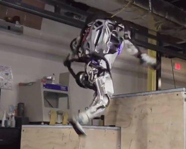 """Robot Da Boston Dynamics Já é Capaz De Fazer """"Parkour"""" 4"""