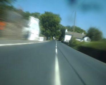Como Um Piloto Vê a Estrada a Mais De 210Km/hora 6