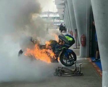 Moto De Álex Rins incendeia-se Espontâneamente Durante Preparativos Para o MotoGP Da Malásia 1