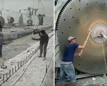 Trabalhadores De Pedreira Mostram a Eficácia De Marreta Com Cabo Flexível 4