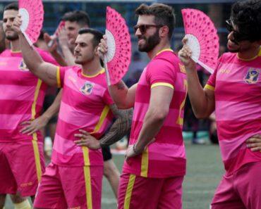 Torneio De Futebol Reúne Centenas De Homossexuais No Brasil 8