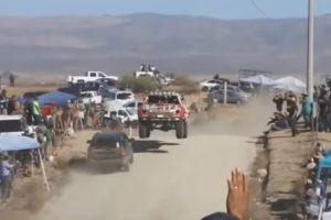 Jipe Entra Em Contramão Em Percurso De Rally Raid e Quase Provoca Uma Colisão Frontal 10