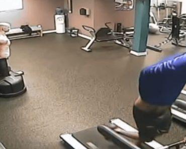 Homem Aprende Como Não Tirar Camisola Enquanto Se Corre Na Passadeira Rolante 3
