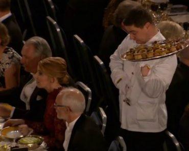 Empregado De Mesa Descuida-se Durante o Banquete Do Prémio Nobel 5