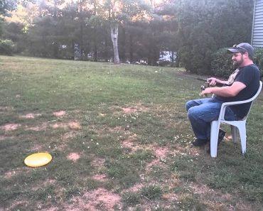 O Pai Mais Preguiçoso De Sempre Ensina o Filho a Praticar Desporto 3