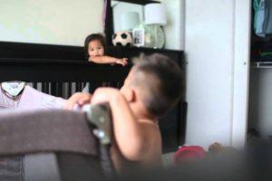 Câmara Escondida Revela o Que Os Bebés Fazem Durante a Sesta 10