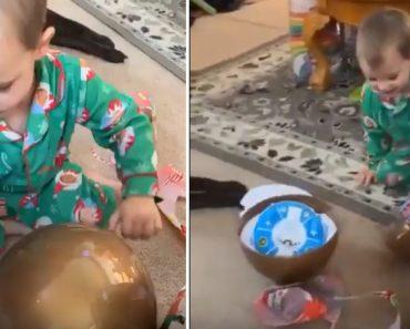 Criança Assusta Toda a Família Ao Usar Técnica Invulgar De Abrir Ovo Gigante 20