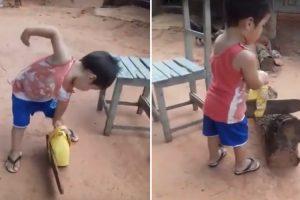 Esta Criança Sabe Tudo Sobre Cortar Madeira 9