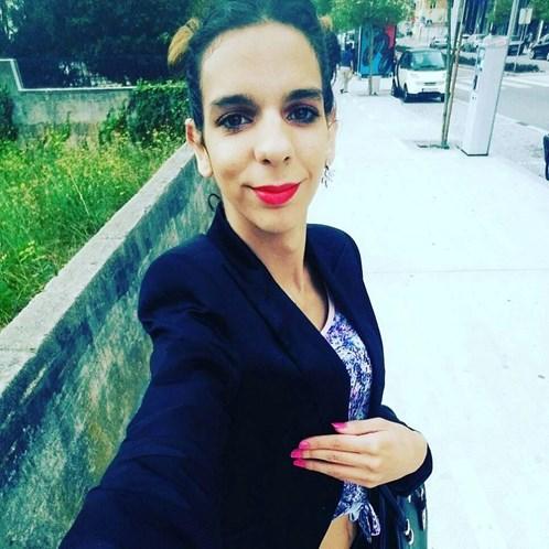 """Concorrente Do """"Ídolos"""" Ridicularizado Pelo Tamanho Das Orelhas Está a Mudar De Sexo 6"""