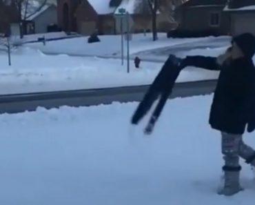 Calças Congeladas Aterram Na Perfeição Num Dia De Baixíssimas Temperaturas 1