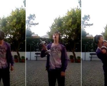 Jovem Português a Treinar Com a Presença Do Pássaro Maluco 5