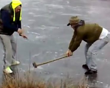 Amigos Criam Versão De Roleta Russa Ao Usarem Martelo Em Lago Congelado 4