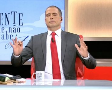 Ricardo Araújo Pereira Mostra Como a Bastonária é Uma Espécie De Bruno De Carvalho Dos Enfermeiros 3