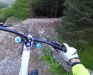 Ficará Sem Respiração Só De Ver o Trilho Assustador Que Ele Fez Em Bicicleta 3