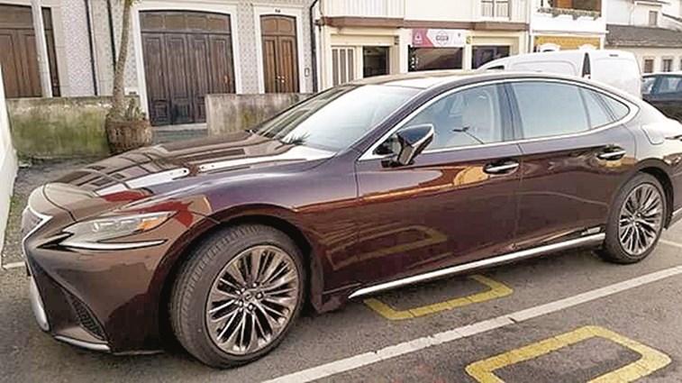 Carro De Luxo, No Valor de 130 Mil Euros, Do Presidente Da Câmara De Ovar Causa Polémica 1