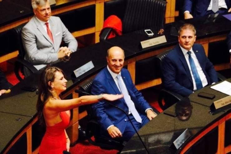 A Deputada Federal Brasileira Que Causou Burburinho Na Tomada De Posse Na Assembleia 6