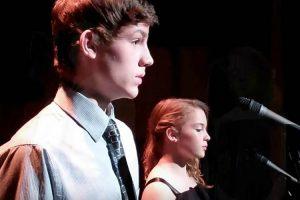 Dois Jovens Decidem Cantar Clássico De Celine Dion e Andrea Bocelli e a Atuação é De Arrepiar! 8